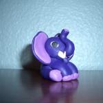 liten lila elefant